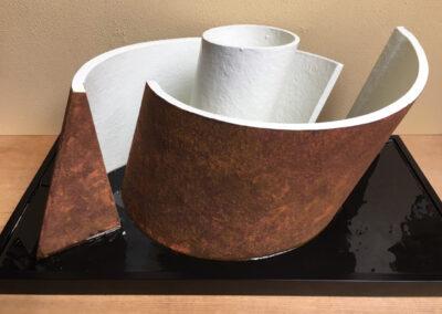 Rud Perrée - Circel in vierkant - 2019 - polyester - 62 x 32 x 26 cm